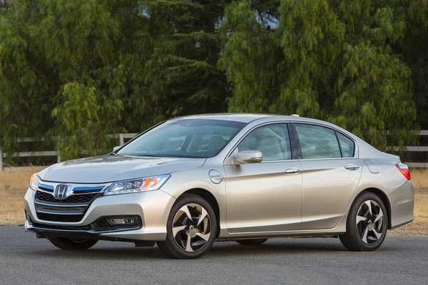 Honda Accord Plug-in Hybrid оценена в 39 780 $